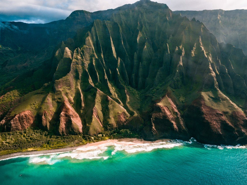 Aerial view of Na Pali Coast State Wilderness Park in Kauai, Hawaii