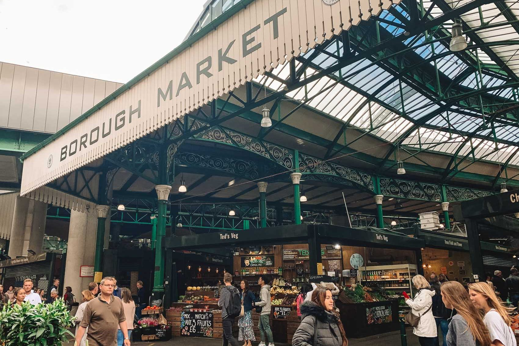 Borough market in London - bucket list travel
